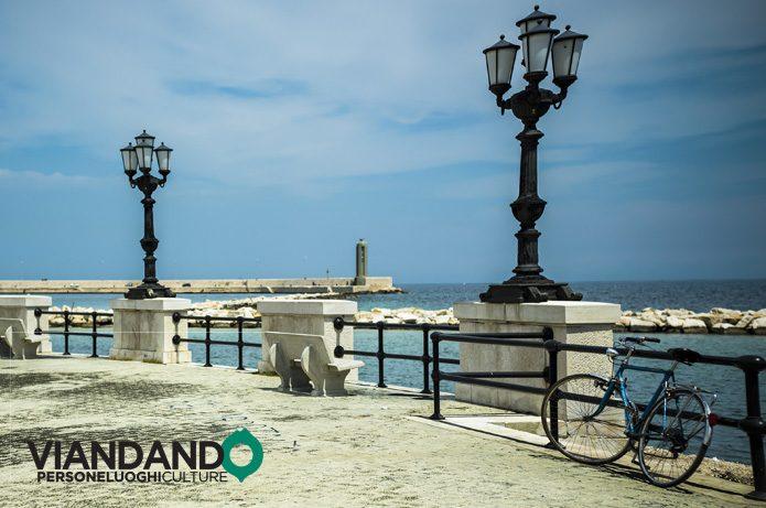 Lungomare di Bari in bicicletta